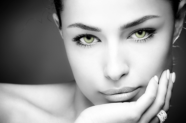 esthetique acide hyaluronique regard